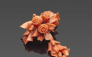Flowers and leaves ancient Sciacca coral (Corallium Rubrum) brooch, mounting...