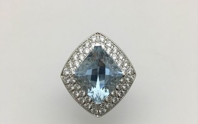 Mauboussin - 18 kt. White gold - Ring - 8.00 ct at - Diamonds, Sapphire