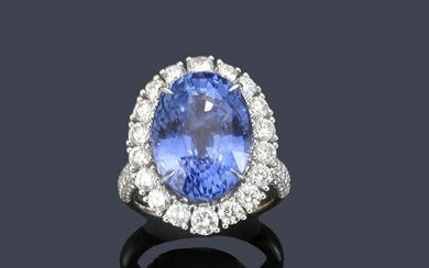 Ring with important oval cut Ceylon sapphire of approx.