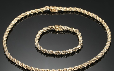 Jewellery set in 14 kt. gold and white gold, necklace approx 45 grams (2)