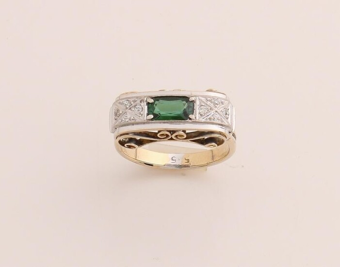 Yellow gold ring, 585/000, with tourmaline and