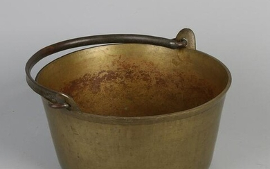 17th - 18th century bronze cooking pot with handle.