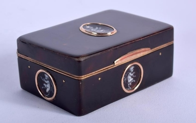 AN ANTIQUE GOLD AND TORTOISESHELL BOX inset with enamel