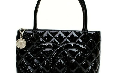 Authentic CHANEL MEDALLION Patent Leather Hand Bag