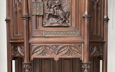 CREDENCE in carved walnut in medieval style resting...