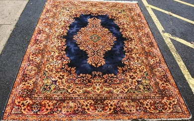 Hand Knotted Wool Oriental Center Medallion Carpet