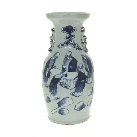 Large Chinese Blue and White Porcelain Vase.