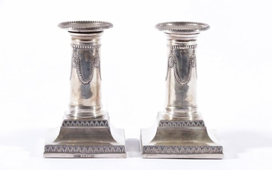Pair of Column Form Sterling Silver Candlesticks in the Neo-Classical Style, by Gold & Silversmith Company, London (H:11cm)