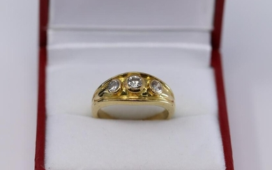 "18Kt ""WEB"" Diamond ring"
