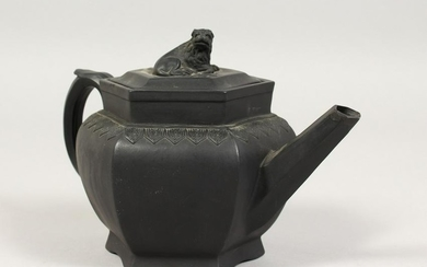 A CHINESE DESIGN BLACK BASALT OCTAGONAL TEAPOT AND