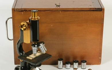 BAUSCH & LOMB OPT. CO. MICROSCOPE