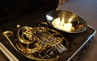 ChS - dubbele Waldhoorn / French horn, F/Bb - 4 cylinders - French horn