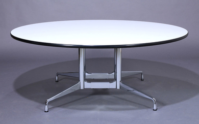 Charles & Ray Eames. Round dining table / 'Segmented Table' Ø 182 cm