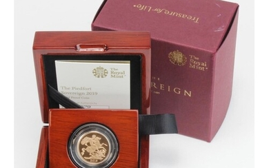 """Sovereign 2019 """"Piedfort"""" Proof FDC boxed as issued"""