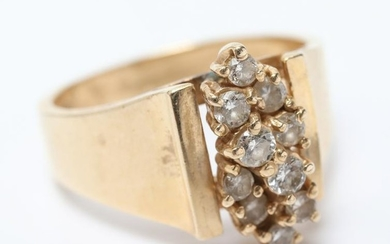 Vintage 14K Yellow Gold Diamond Cluster Ring