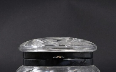 Vintage Wheel Cut Crystal Glass Round Covered Box