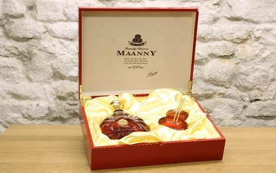 "1 PRESENTATION CARTON ""MAANNY"" RIVOLI XO FRENCH BRANDY"