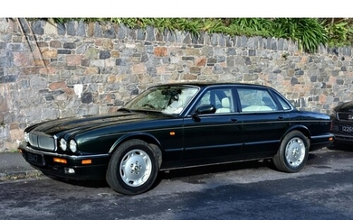 1997 Jaguar XJ6 3.2L Executive X300 - a low mileage, time-wa...