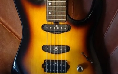 Washburn - Mercury design by groover jackson - Solid body guitar