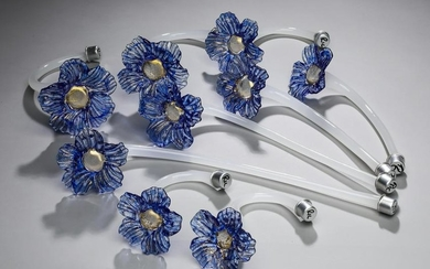 (9) Italian Murano hand-formed glass flowers