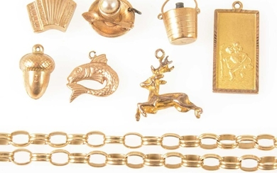 A 9 carat yellow gold bracelet and loose charms.