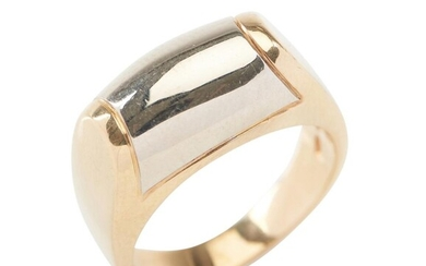 A GOLD RING BY BVLGARI