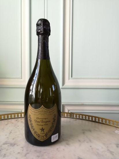 A bottle DOM PERIGNON 2000