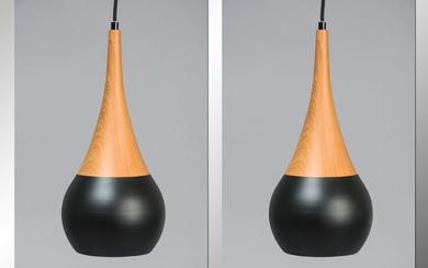 A pair of metal pendant lamps in imitation wood and black lacquer, Model Lucy Woodlike (2)