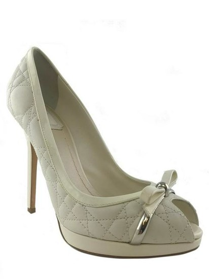 Christian Dior Cannage Quilted Leather Bow Pumps Size 8