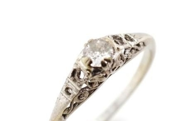 Early 20th C. Platinum and 18ct white gold ring for restorat...