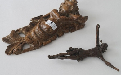 Oak putto with horn, 18th/19th century, l. 21 cm + Soft wooden Corpus Christi, 19th century (2x)