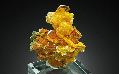 TOP! Gem WULFENITE with MIMETITE on MATRIX Crystal cluster - 7.5×6×3.8 cm - 143 g