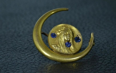Yellow Gold Art Nouveau Pin set with Sapphires
