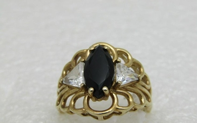 10kt Filigree Onyx & CZ Ring, Size 7,5, 4.40gr.