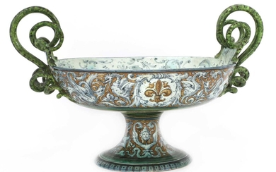 An Italian tin-glazed pottery tazza