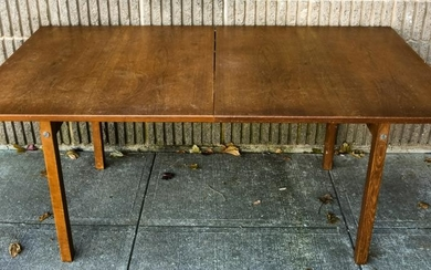 Country Style Rustic Dining Table W 2 Leaves