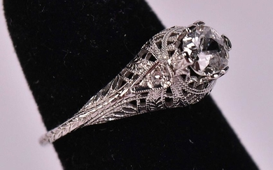 Edwardian 18K White Gold & Diamond Ring