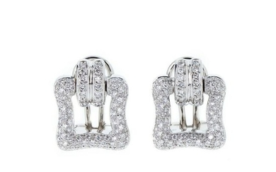 MONSEO - Pair of earring in gold with diamonds