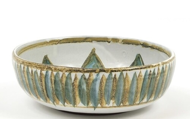 Mid 20th century St Ives pottery bowl painted with flower de...