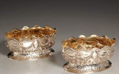 Pair English Victorian small sterling footed bowls
