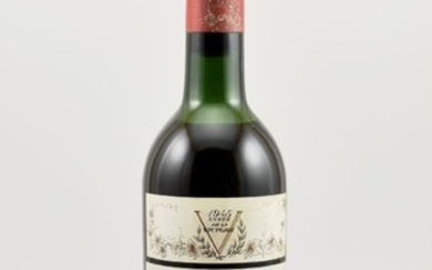 1 rare bottle 1945 Chateau Mouton Rothschild,...