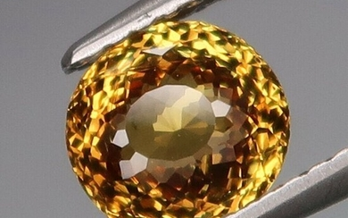 1.38 ct. Natural Yellow Malaya Garnet - AFRICA
