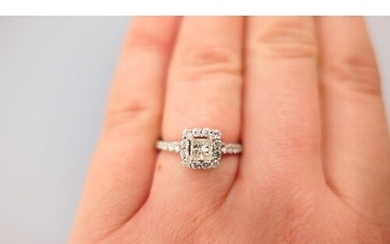 Attractive diamond cluster ring in 18ct white gold, centred ...