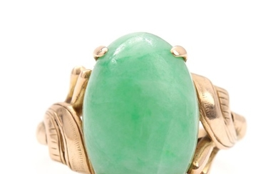 Erik Poul Fenster: A jade ring set with cabochon-cut jade, mounted in 14k gold. Size 51. Weight app. 5 g. Circa 1950's.