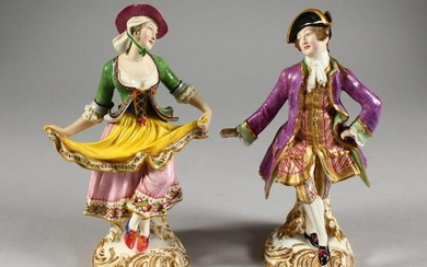 A PAIR OF 19TH CENTURY MINTON FIGURES AFTER MEISSEN