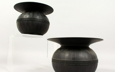 A PAIR OF WEDGWOOD BLACK BASALT SPITTOONS with lattice