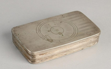 An early 19th century silver tobacco box, 833/000