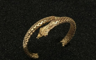 GOLD AND RUBY BANGLE
