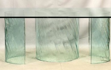 MODERNIST STYLE, GLASS DINING TABLE