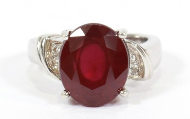STERLING SILVER RING WITH LARGE OVAL RED STONE